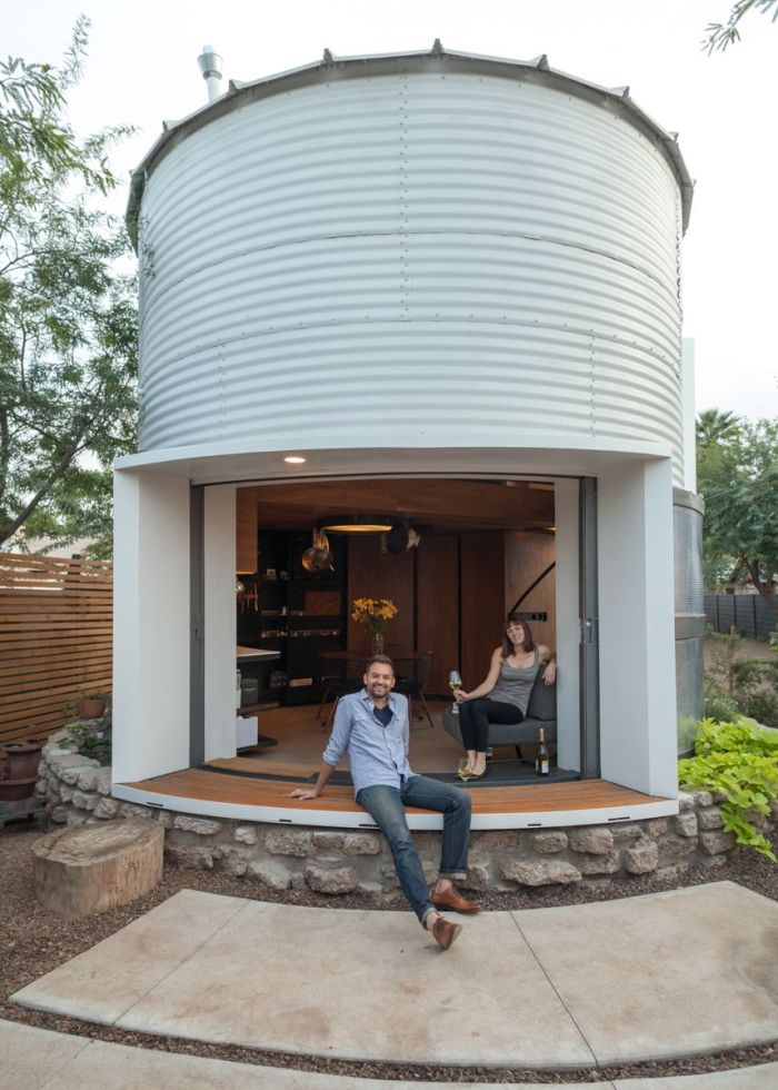 silo-transformed-into-cozy-home-with-cylindrical-walls-design.jpg