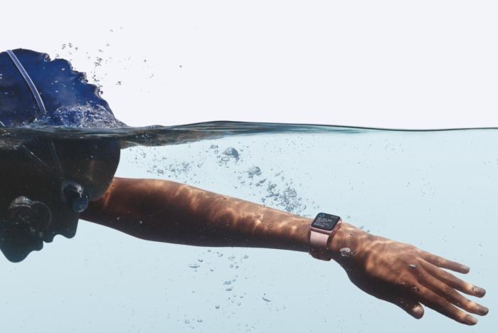 watch_series_2_swimming_2up_hero1-100684375-large.jpg