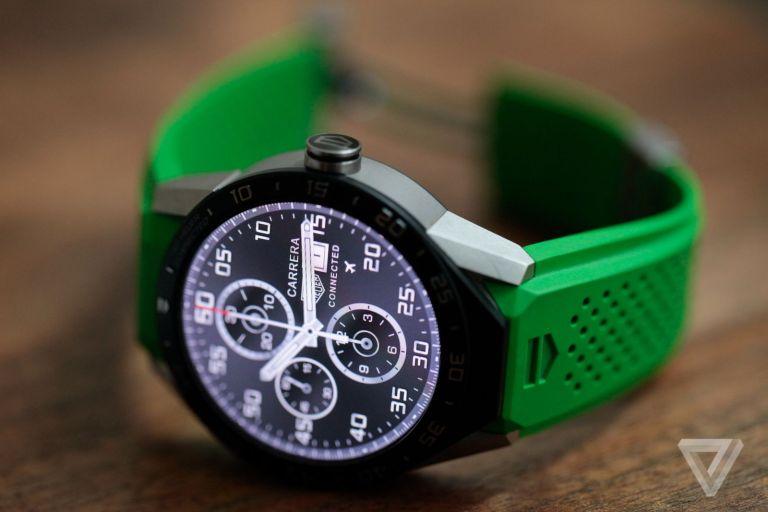 Tag_Heur-45D7-smart_watch-04.0.jpg