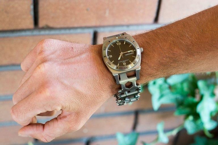 2Leatherman-Tread-Tempo-Watch.jpg