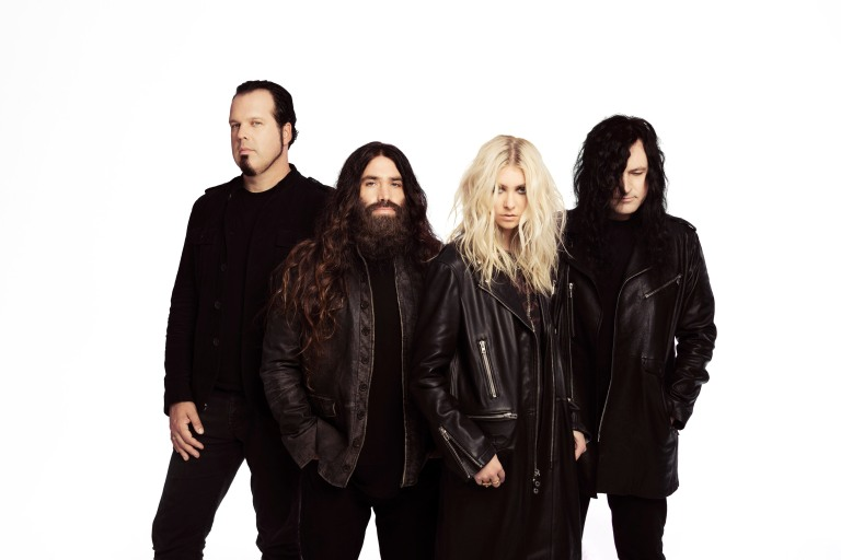 Pretty-Reckless-Andrew-Lipovsky-0680-pr-site.jpg